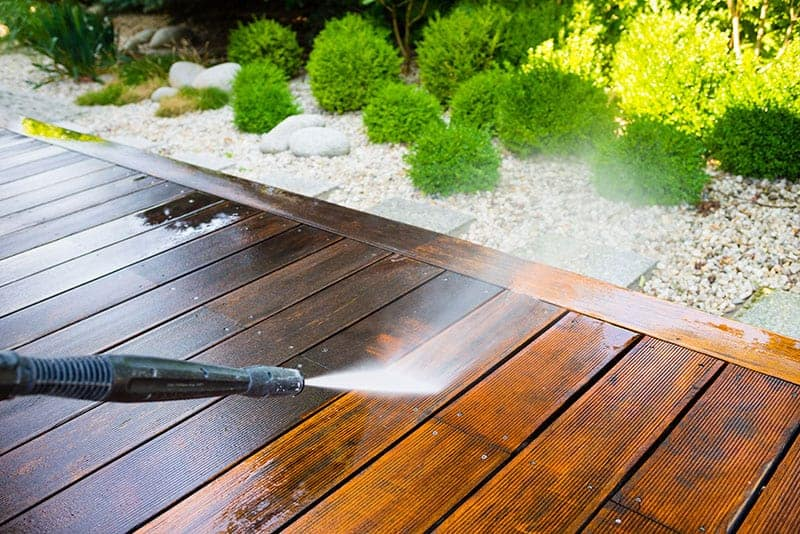 6 Best Deck Cleaners For Home & Garden Use - Buying Guide & Recommendation    Trees.com
