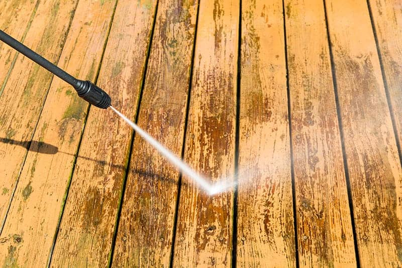 5 Best Deck Strippers For Removing Stains Varnishes Dirt And Paint Buying Guide Reviews Trees Com