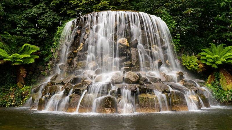 25 amazing backyard garden waterfall ideas
