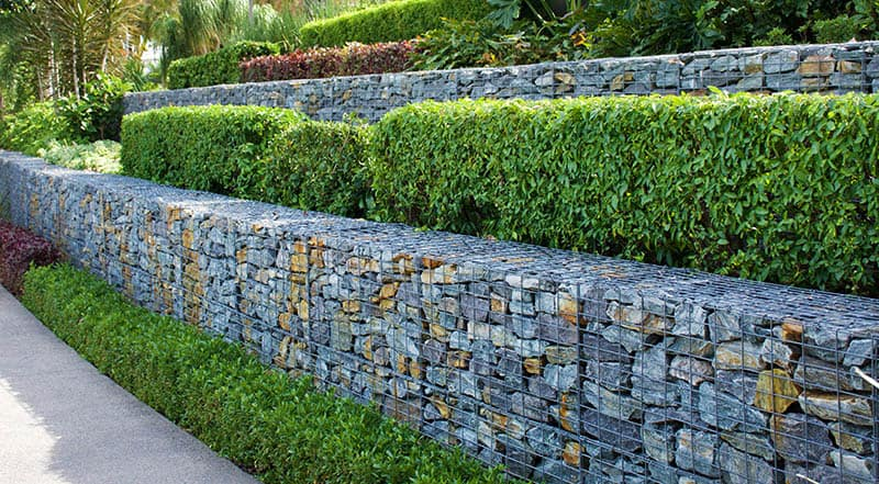22 Practical And Pretty Retaining Wall Ideas Green And Vibrant