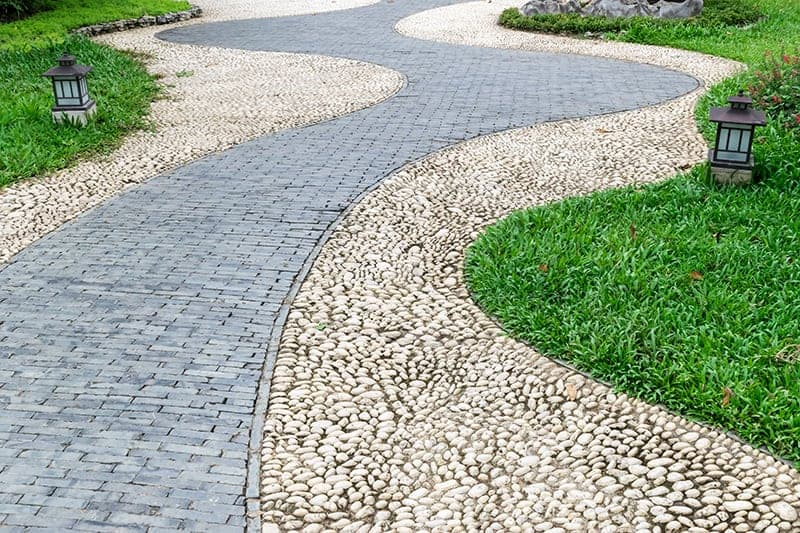 Curved and Cobbled